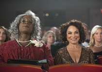 Jasmine Guy - Lewis Thompson - Scary Movie 5