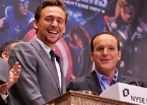 Clark Gregg - Tom Hiddleston - The Avengers: Los Vengadores