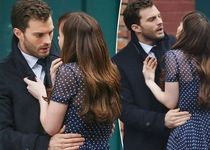 Dakota Johnson - Jamie Dornan - Fifty Shades Darker
